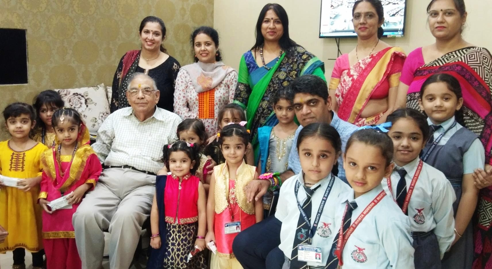 Nursery and Primary wing celebrated Rakhi with the Management